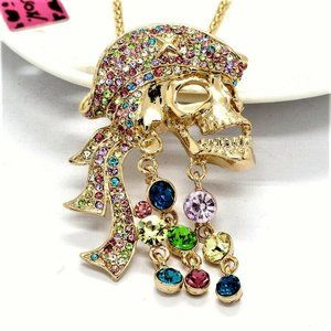 Pirates of the Carribean Skull Necklace/Brooch